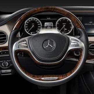 2014 Mercedes S-Class Steering Wheel Image